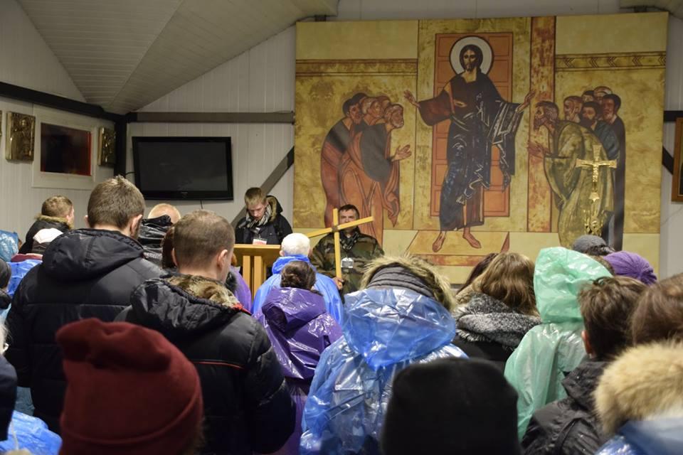Pierwsza stacja, jeszcze w kaplicy parafialnej